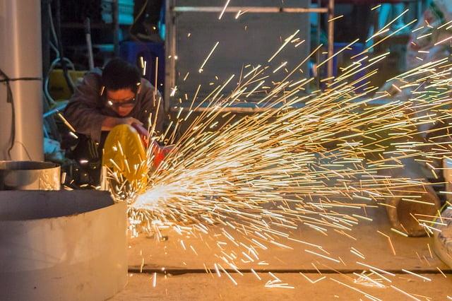 Various Types of Metal Cutting Saws